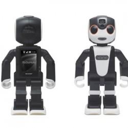 モバイルするロボット「RoboHon」、依存しそうで怖い