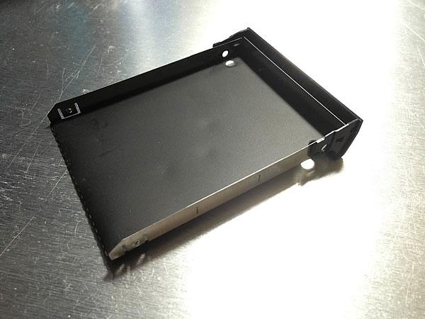 INSPIRON1545のHDDのトレイ