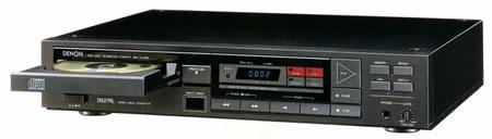 DENONのCDプレーヤーDCD-1100