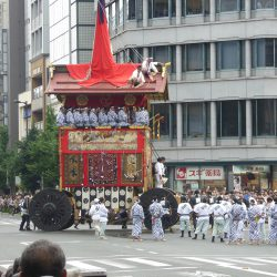 TZ60を持って京都祇園祭と錦市場へ行ってきました