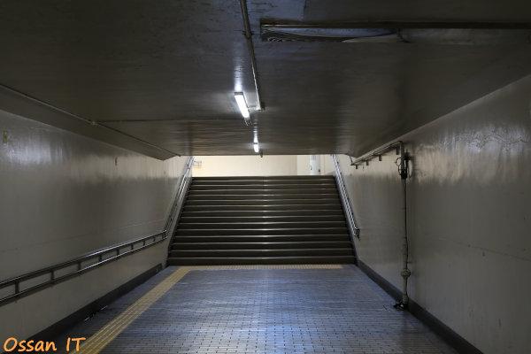 久しぶりに宝塚の清荒神へ行ってきた、阪急清荒神駅の地下道